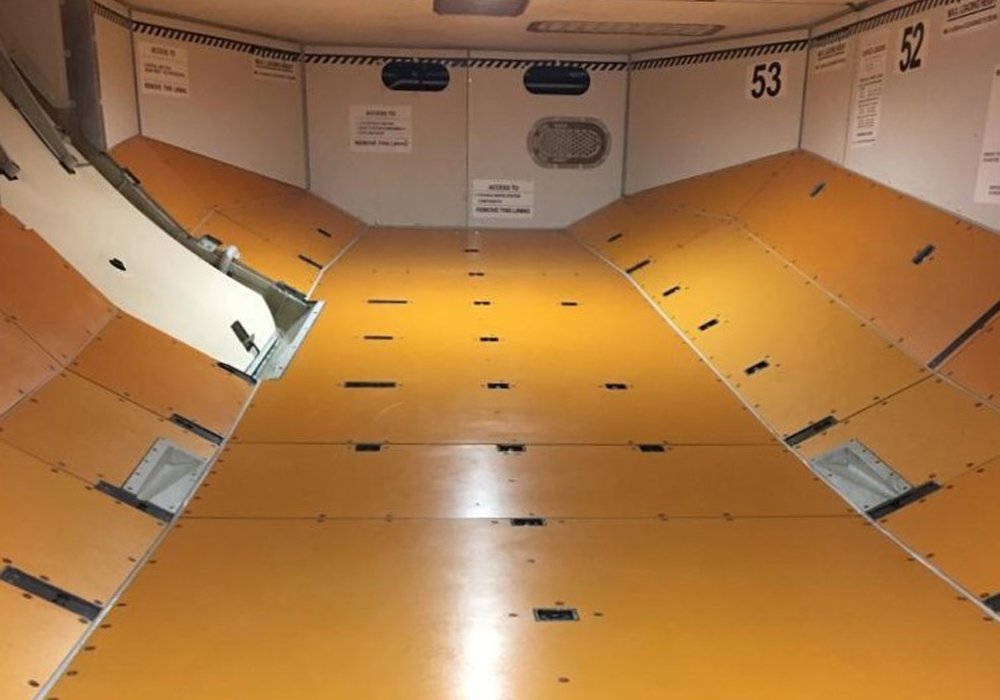 A321 cargo compt2 square
